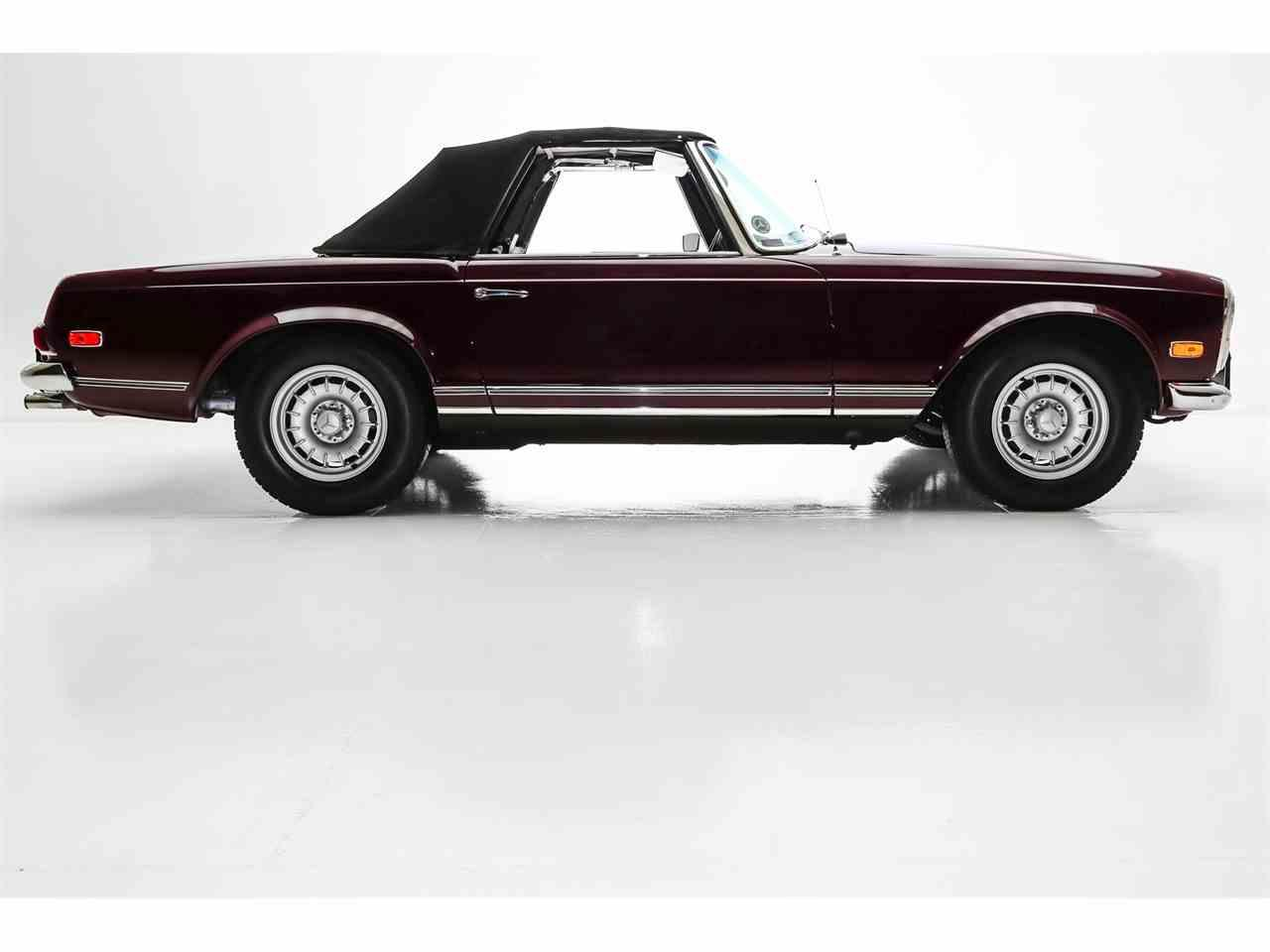 Large Picture of 1969 Mercedes-Benz 280SL located in Charleston South Carolina - $65,000.00 - MHE9