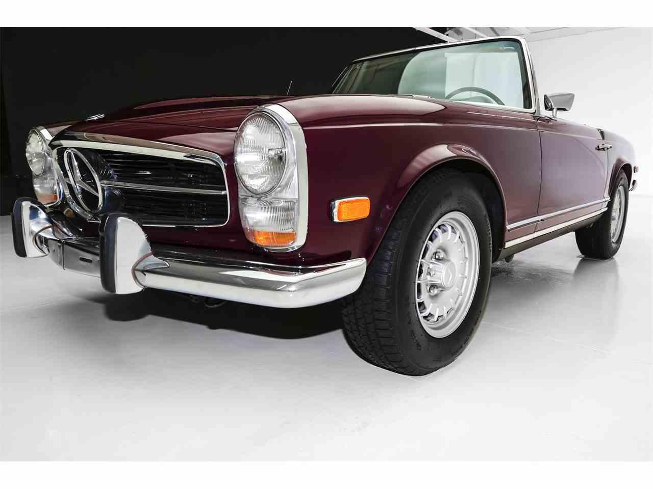Large Picture of Classic '69 Mercedes-Benz 280SL - MHE9