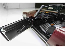 Picture of Classic 1969 Mercedes-Benz 280SL - $65,000.00 Offered by a Private Seller - MHE9