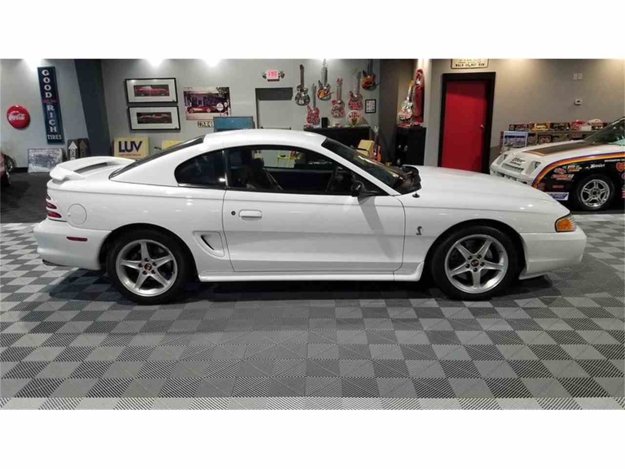 Large Picture of '95 Mustang Cobra - MB6N