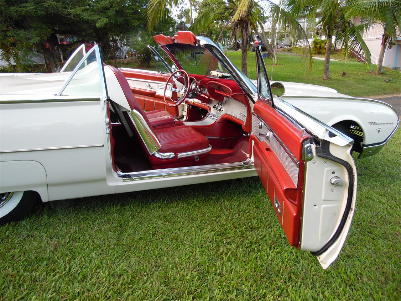 Large Picture of 1962 Ford Thunderbird - $55,000.00 - MHQG
