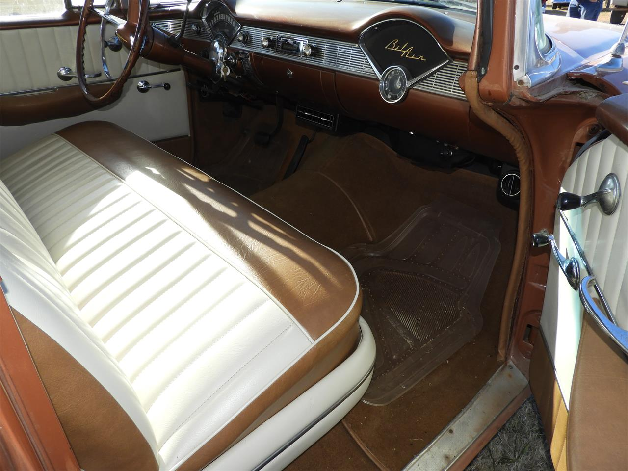 Large Picture of Classic 1956 Bel Air located in Oklahoma Offered by Ball Auction Service - MHU4
