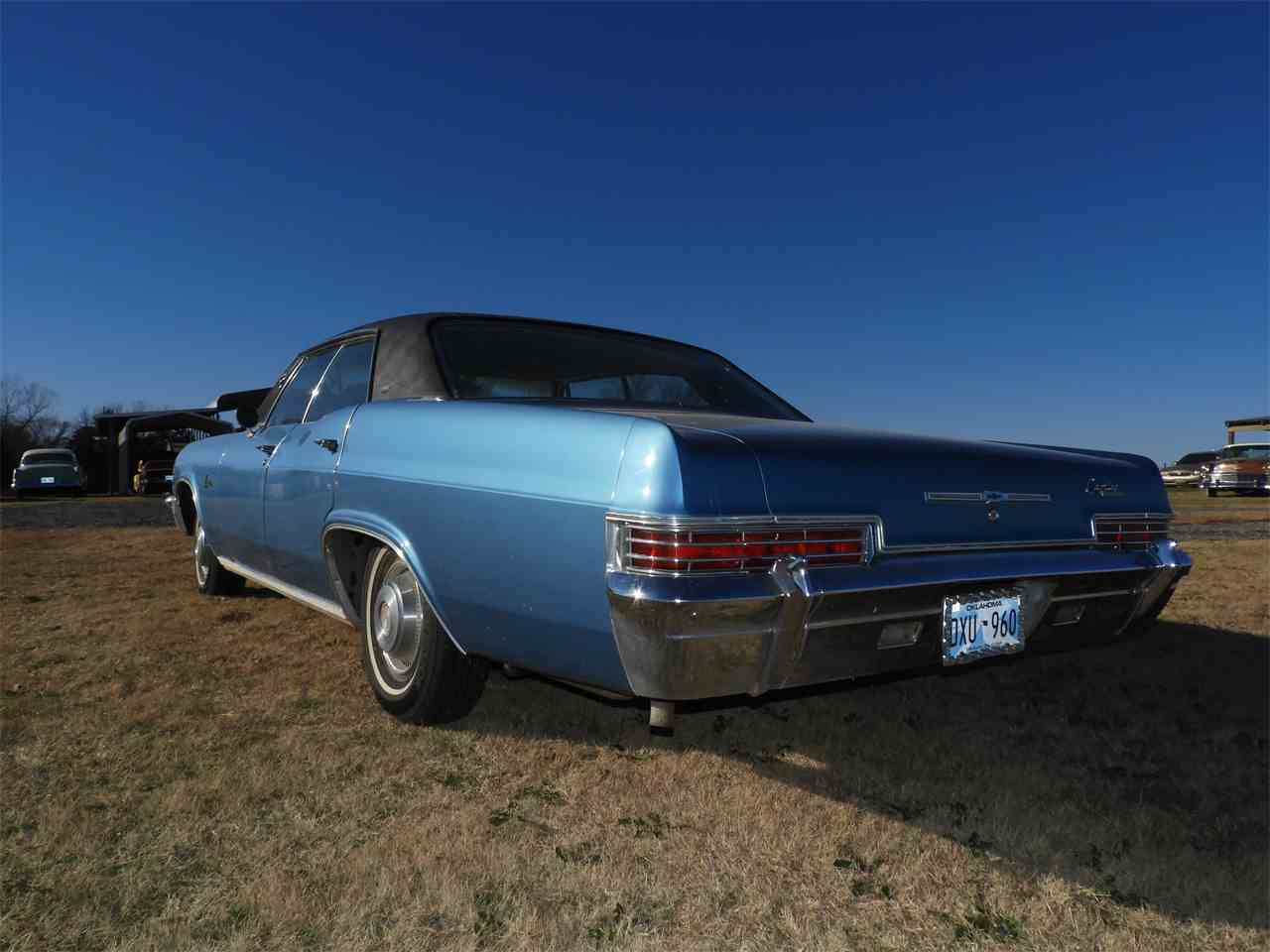 Large Picture of '66 Caprice - MHU7