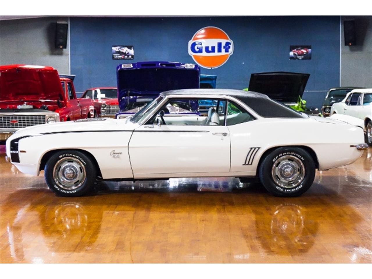 Large Picture of '69 Camaro located in Indiana Pennsylvania - $44,900.00 - MHWG