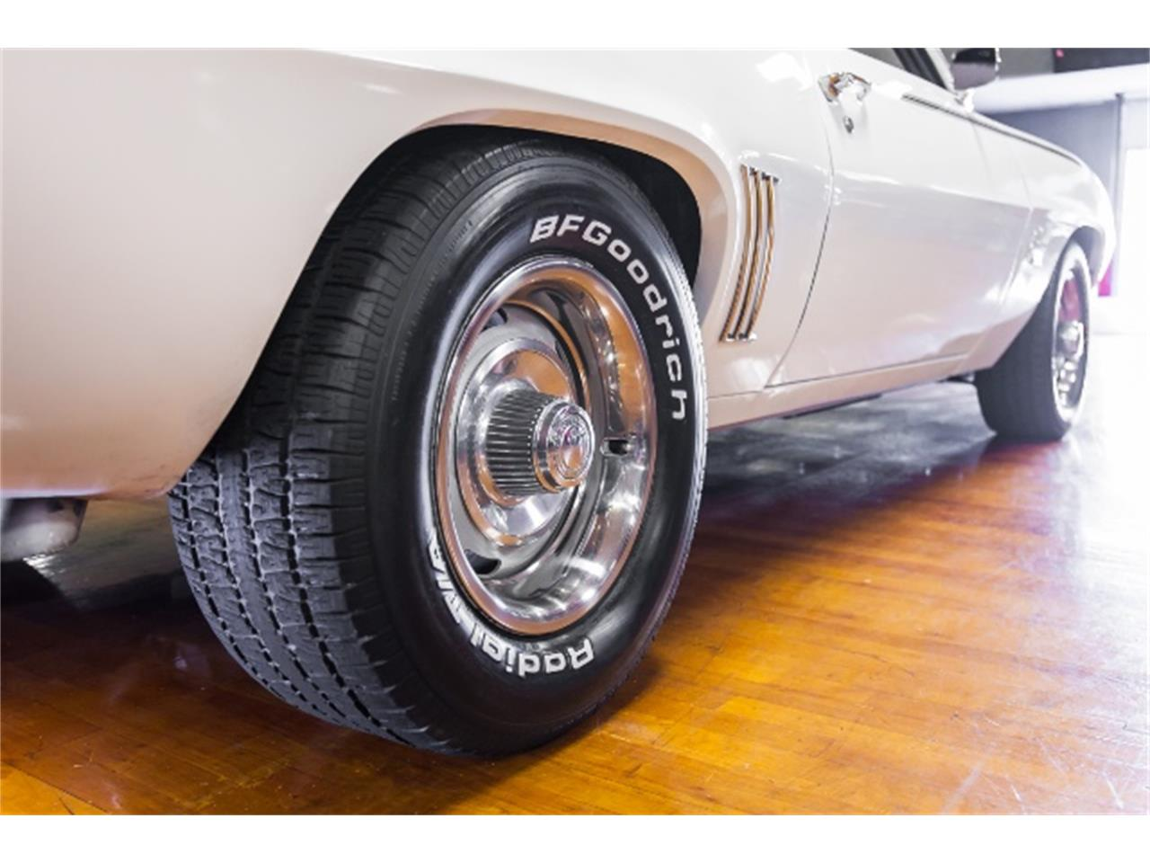 Large Picture of Classic '69 Chevrolet Camaro located in Pennsylvania Offered by Hanksters Hot Rods - MHWG