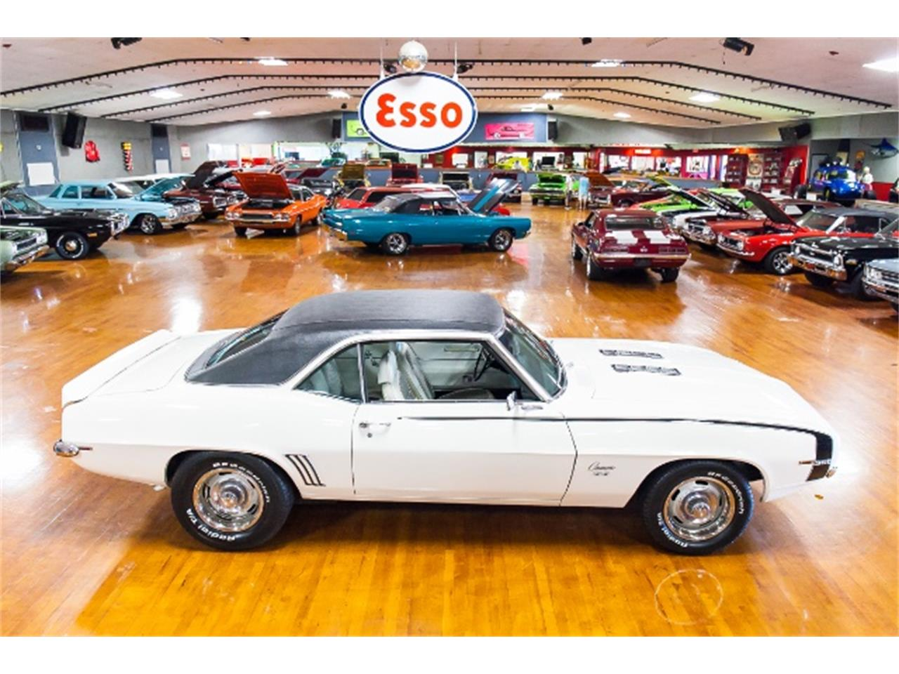 Large Picture of Classic 1969 Camaro Offered by Hanksters Muscle Cars - MHWG