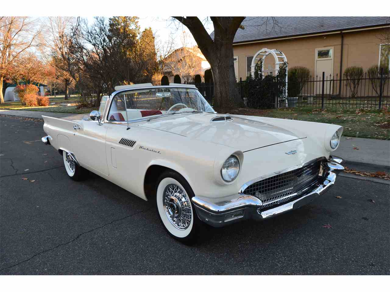 1957 ford thunderbird for sale cc 1049808. Black Bedroom Furniture Sets. Home Design Ideas