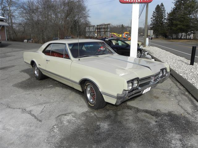 Picture of Classic '66 Cutlass Offered by  - MI2V