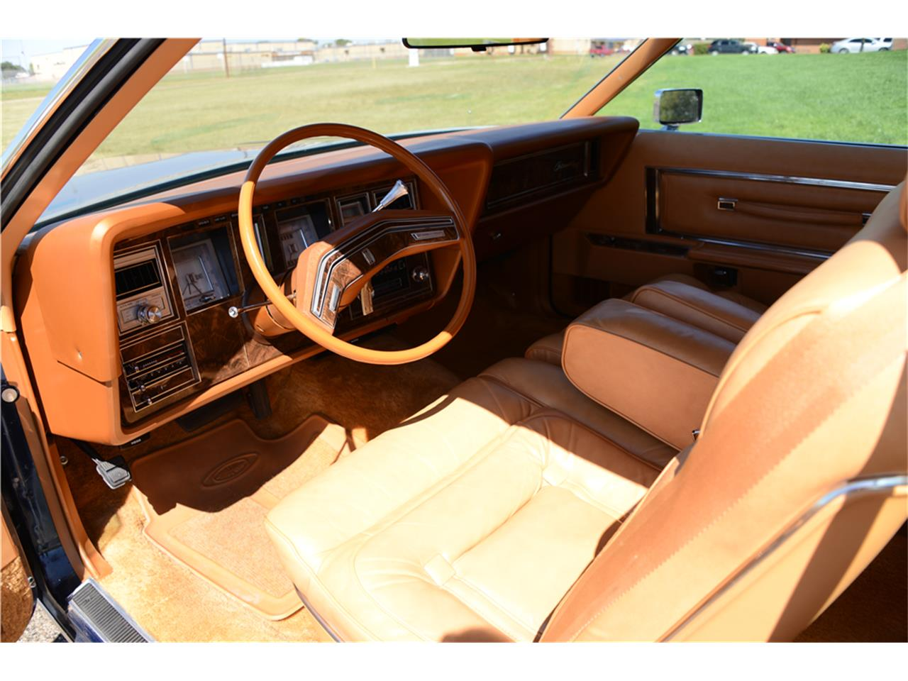 Large Picture of '77 Continental Mark V - MI40