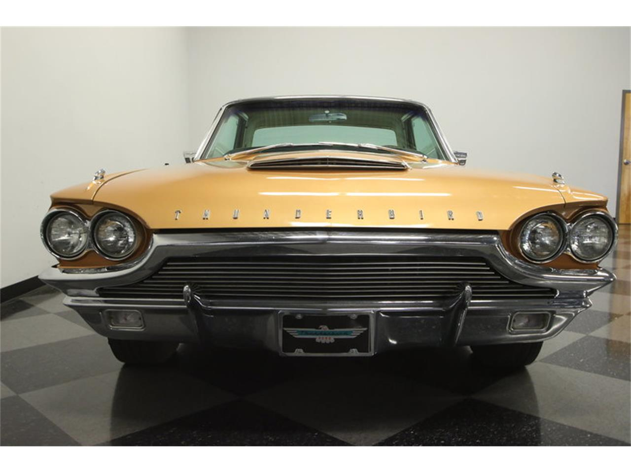 Large Picture of '64 Thunderbird - MB8G