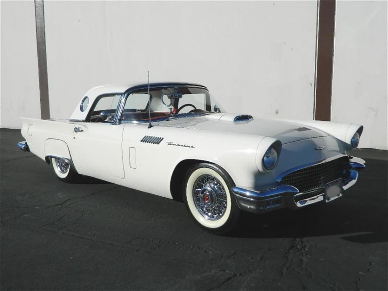 Large Picture of '57 Thunderbird - MJGK