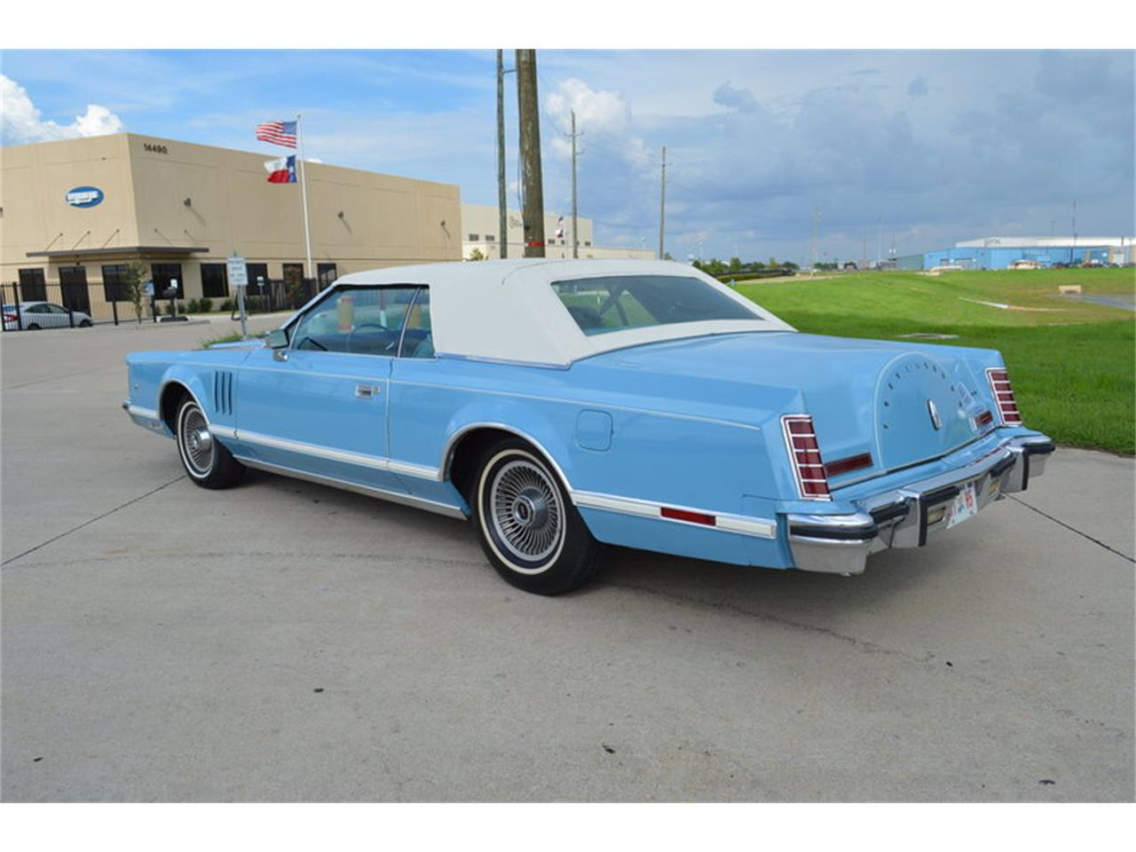 Large Picture of 1978 Lincoln Mark V located in Texas - MJRO