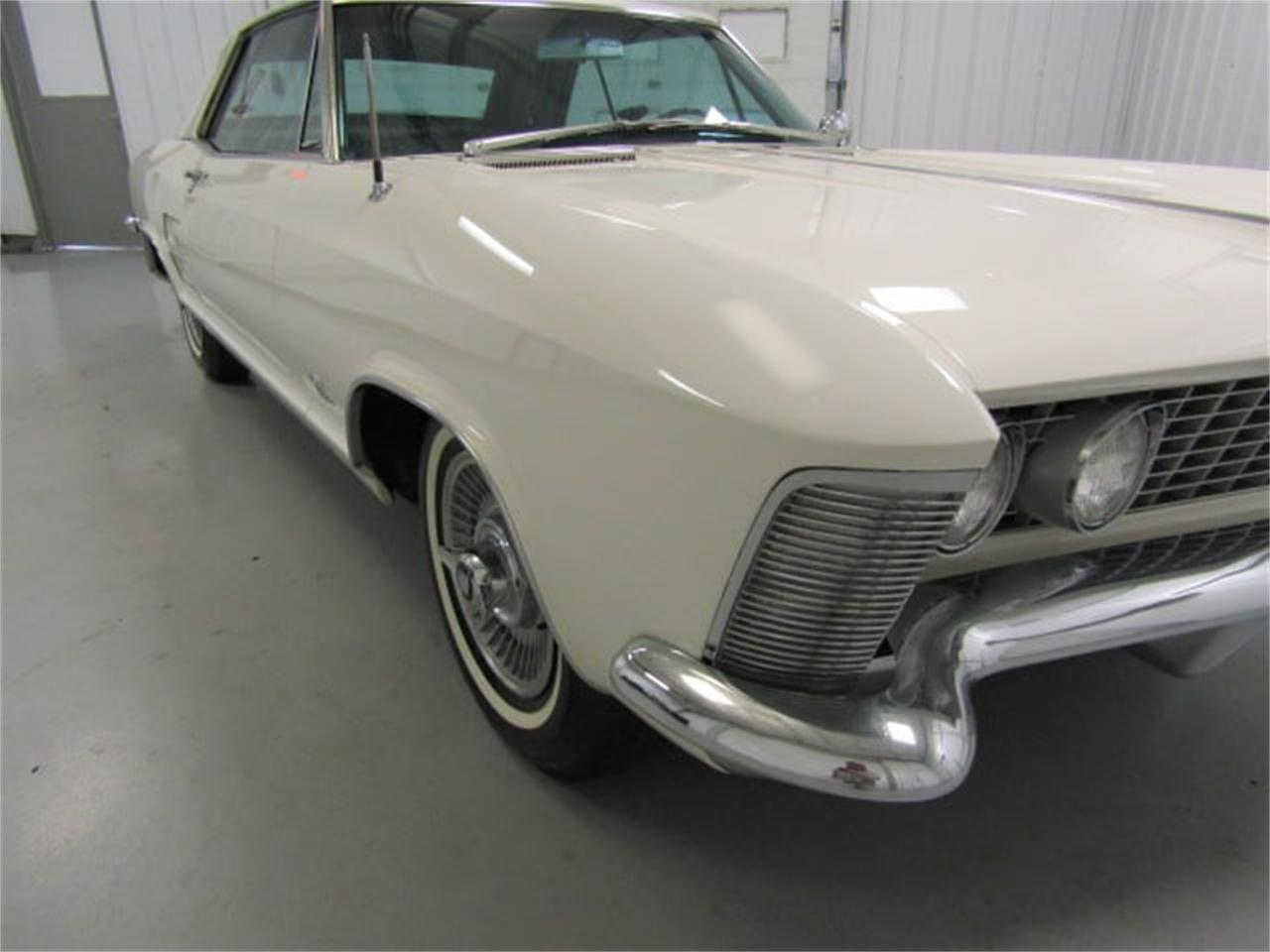 Large Picture of '63 Buick Riviera located in Christiansburg Virginia - $38,910.00 - MJSM