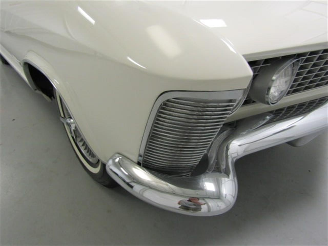 Large Picture of '63 Riviera located in Christiansburg Virginia Offered by Duncan Imports & Classic Cars - MJSM