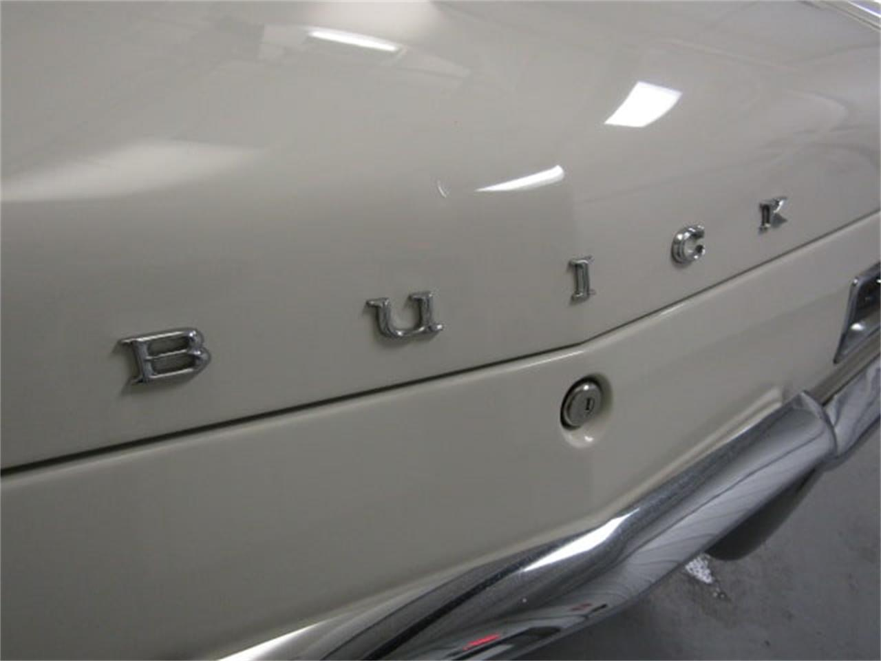 Large Picture of '63 Buick Riviera Offered by Duncan Imports & Classic Cars - MJSM