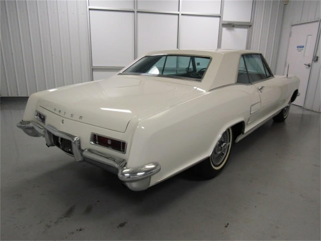 Large Picture of 1963 Riviera located in Virginia - $38,910.00 Offered by Duncan Imports & Classic Cars - MJSM