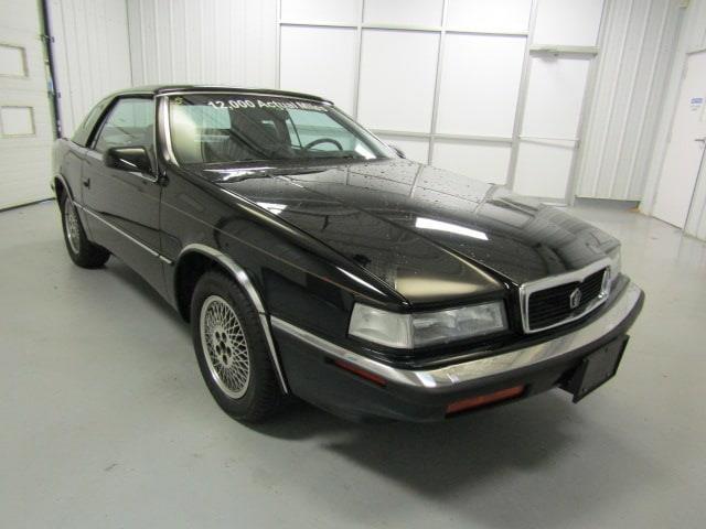 1991 Chrysler TC by Maserati