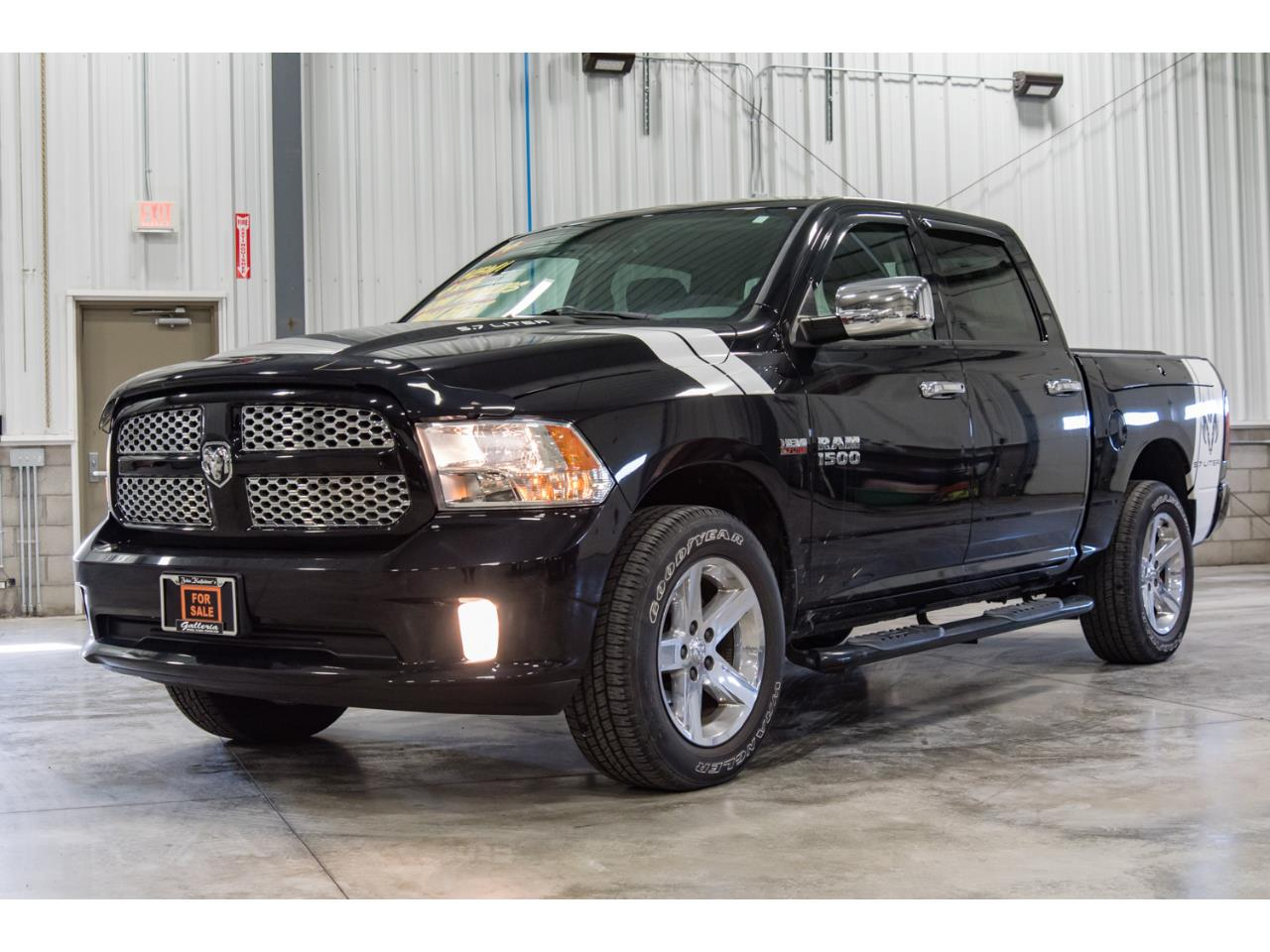 Large Picture of '14 Ram 1500 - MJVI