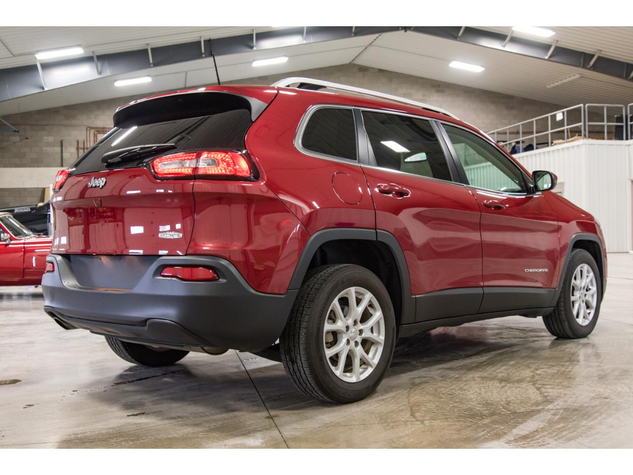 Large Picture of 2016 Jeep Cherokee located in Salem Ohio Auction Vehicle Offered by John Kufleitner's Galleria - MJWQ