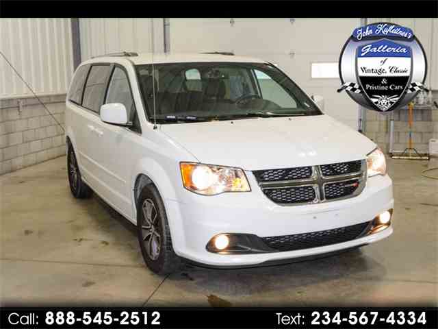 Picture of 2017 Grand Caravan Offered by  - MJY9