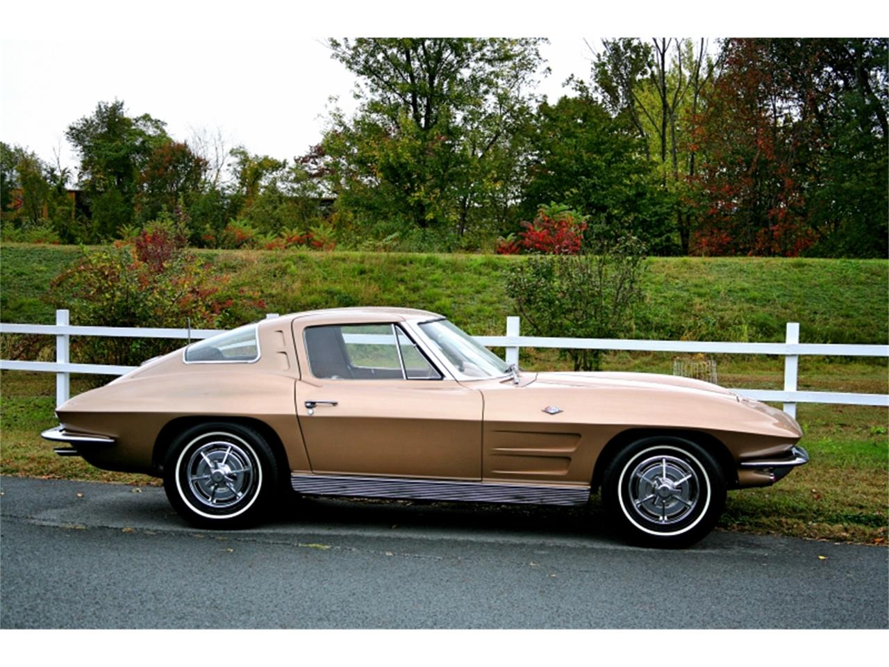 Large Picture of 1963 Chevrolet Corvette located in Old Forge Pennsylvania - MK1L