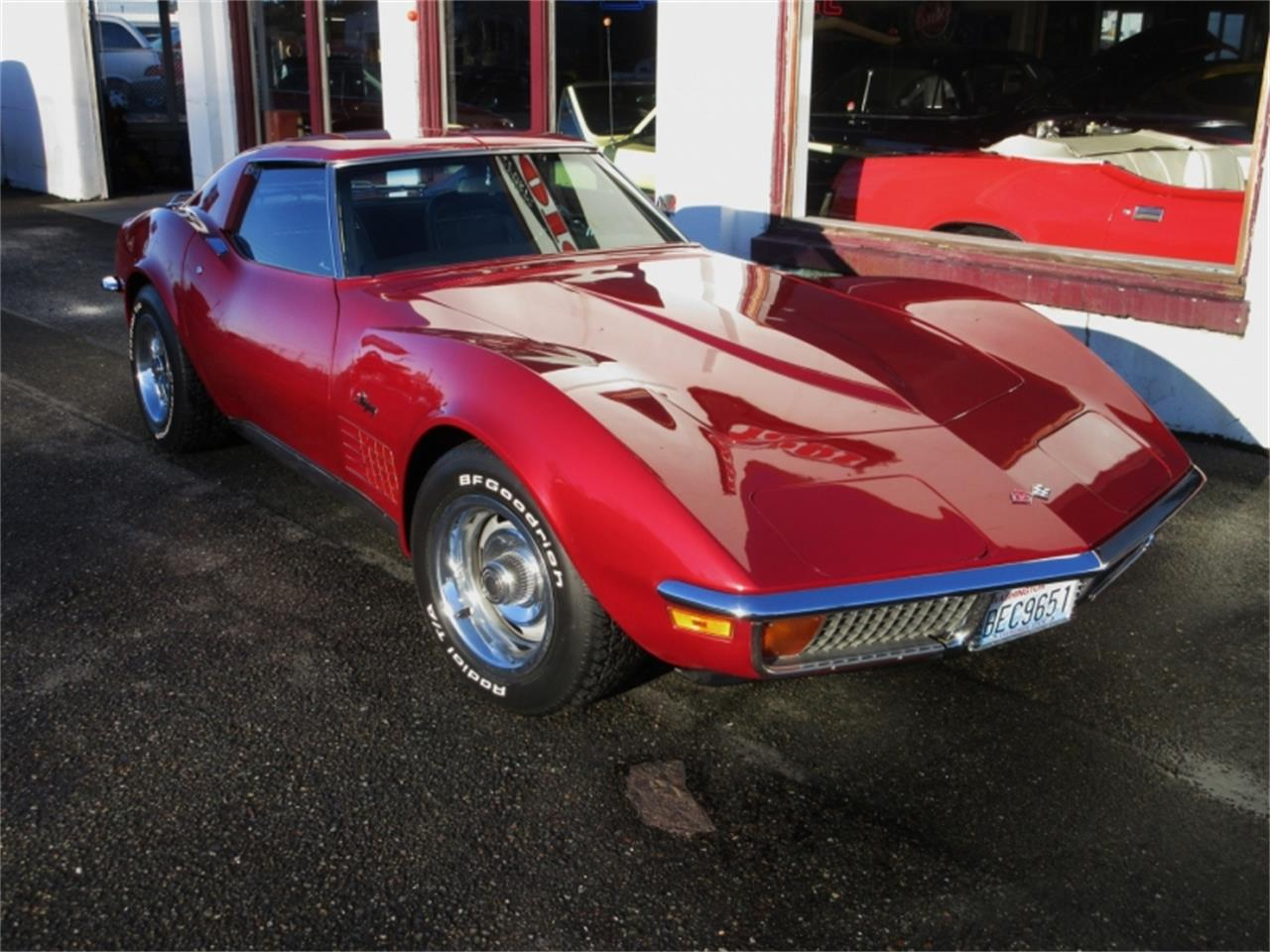 Large Picture of Classic '72 Chevrolet Corvette located in Tocoma Washington Offered by Premium Motors - MKA0
