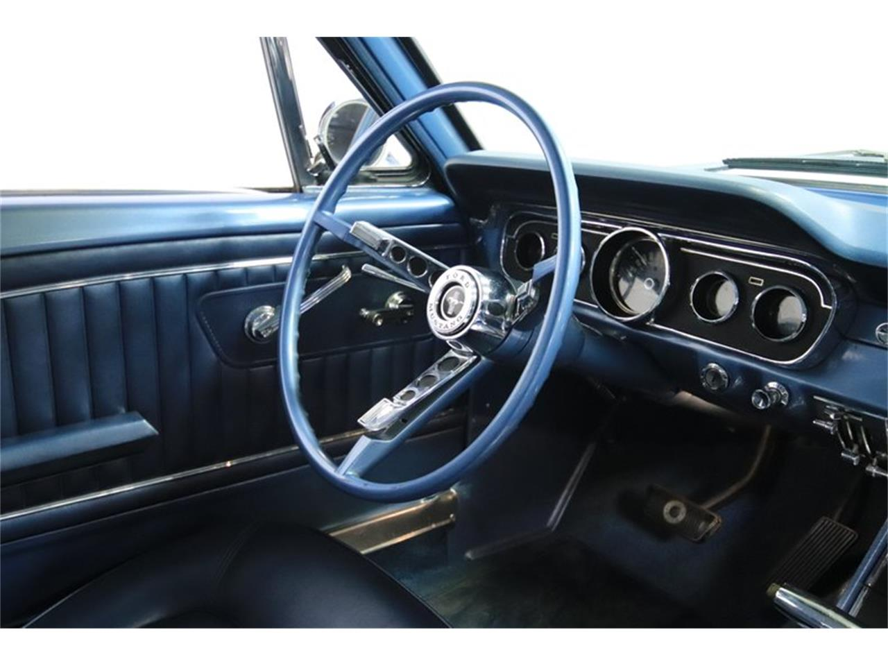 Large Picture of 1965 Mustang GT - MI7M