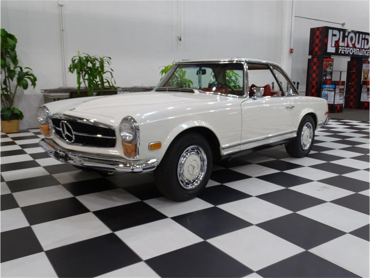 Large Picture of Classic '70 Mercedes-Benz 280SL - MKVK