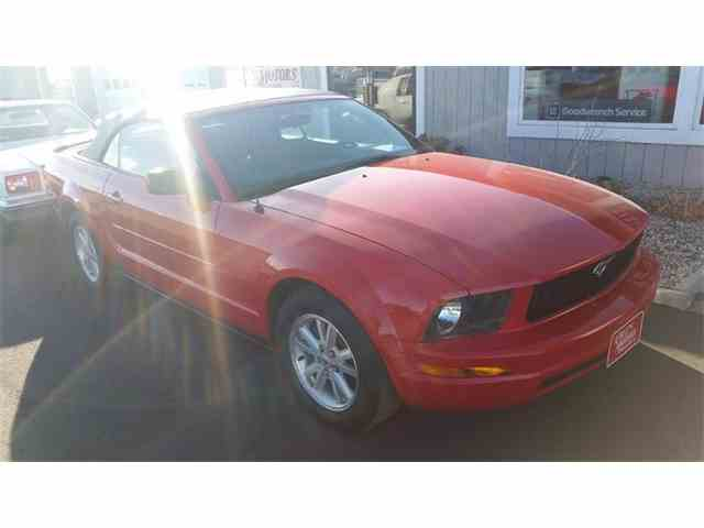 Picture of '07 Mustang located in Iowa Auction Vehicle - MKWI