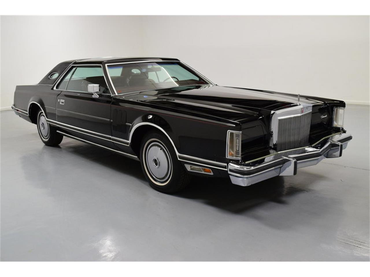 Large Picture of 1978 Lincoln Continental Mark V located in North Carolina - MLKC