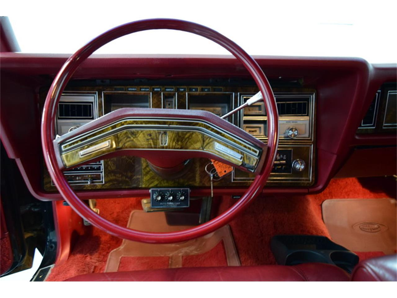 Large Picture of 1978 Lincoln Continental Mark V - MLKC