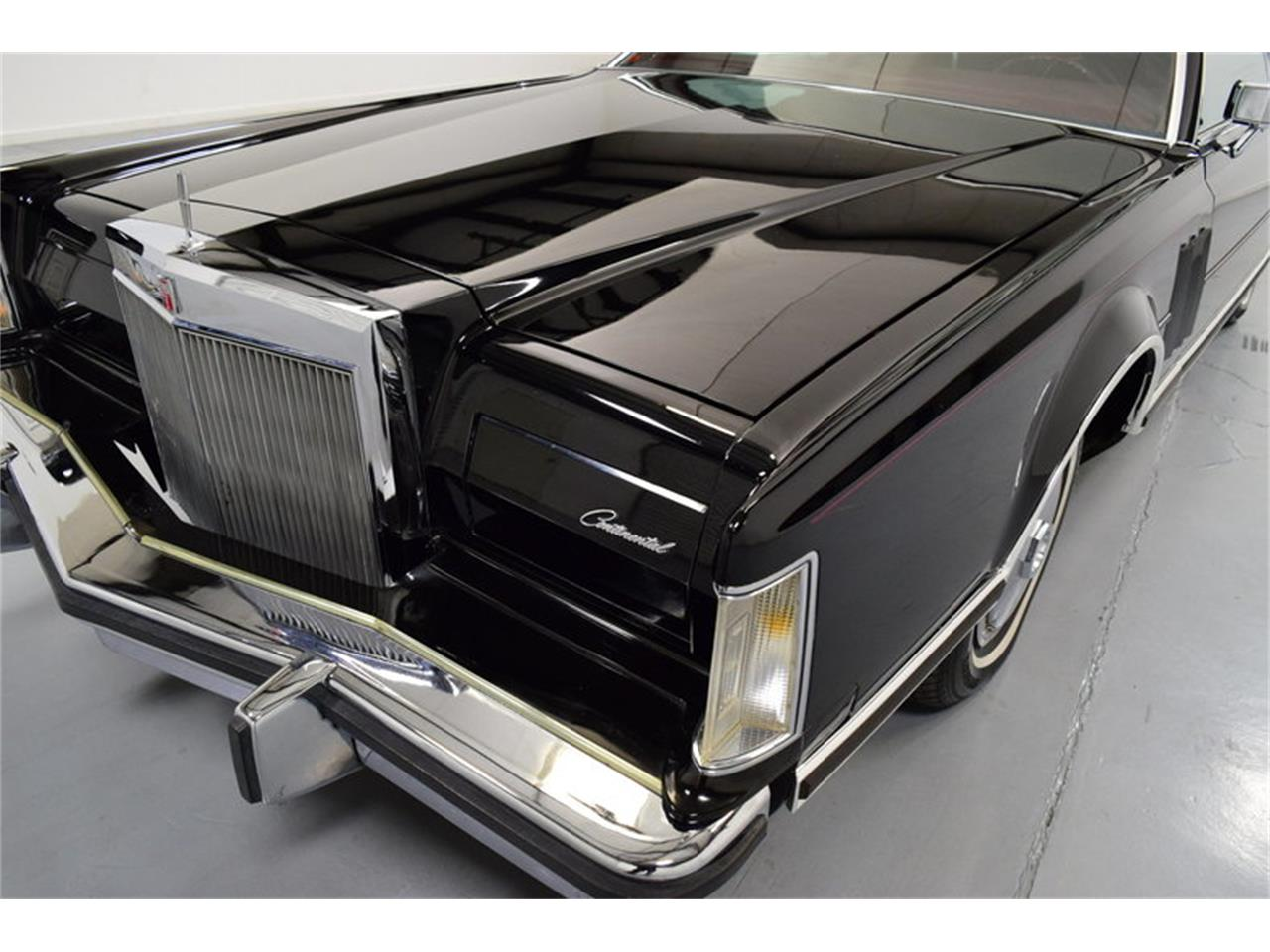 Large Picture of '78 Lincoln Continental Mark V - $11,995.00 Offered by Shelton Classics & Performance - MLKC