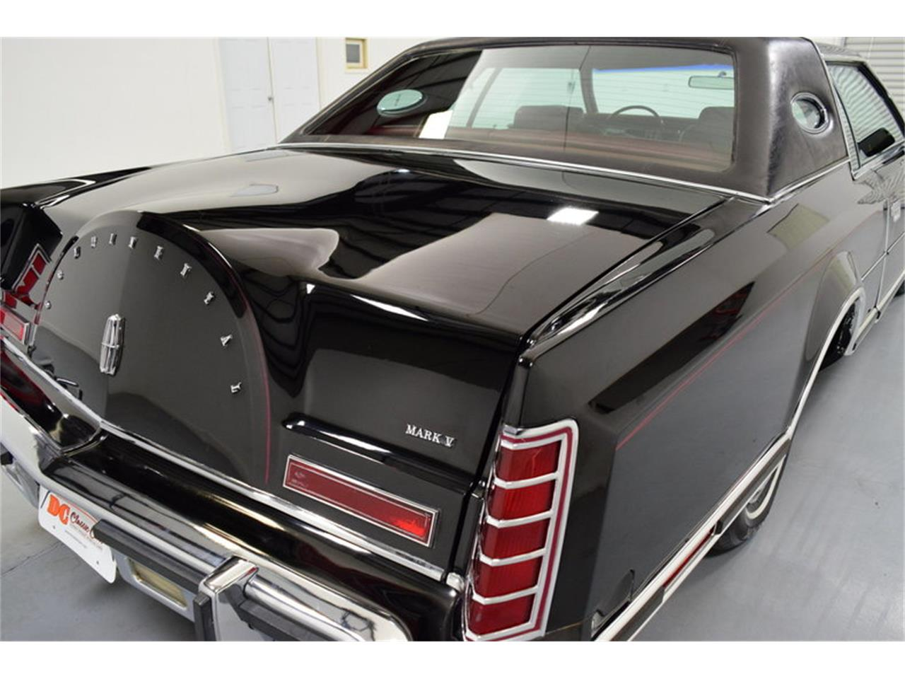 Large Picture of 1978 Lincoln Continental Mark V - $11,995.00 - MLKC