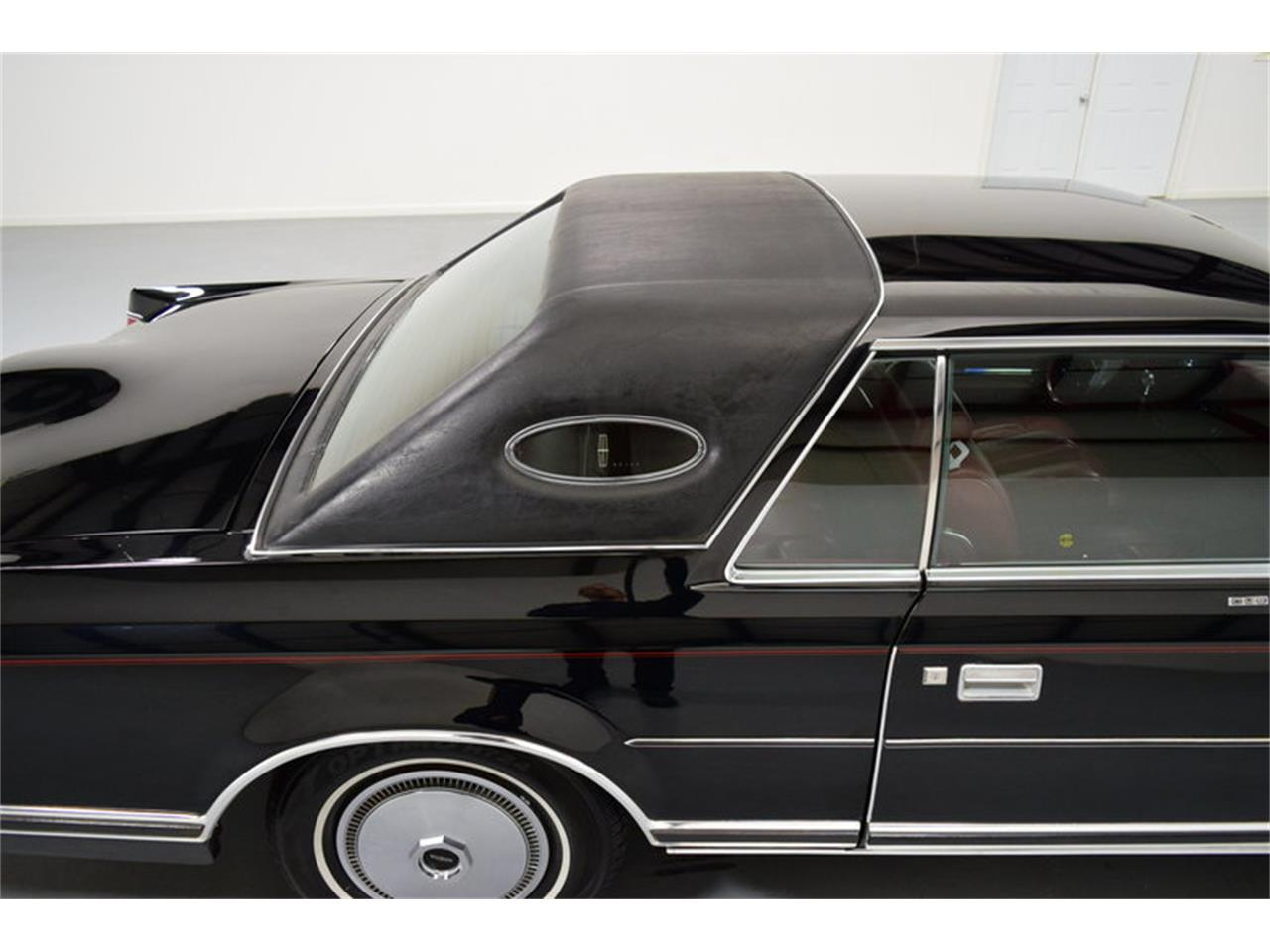 Large Picture of 1978 Continental Mark V - $11,995.00 Offered by Shelton Classics & Performance - MLKC