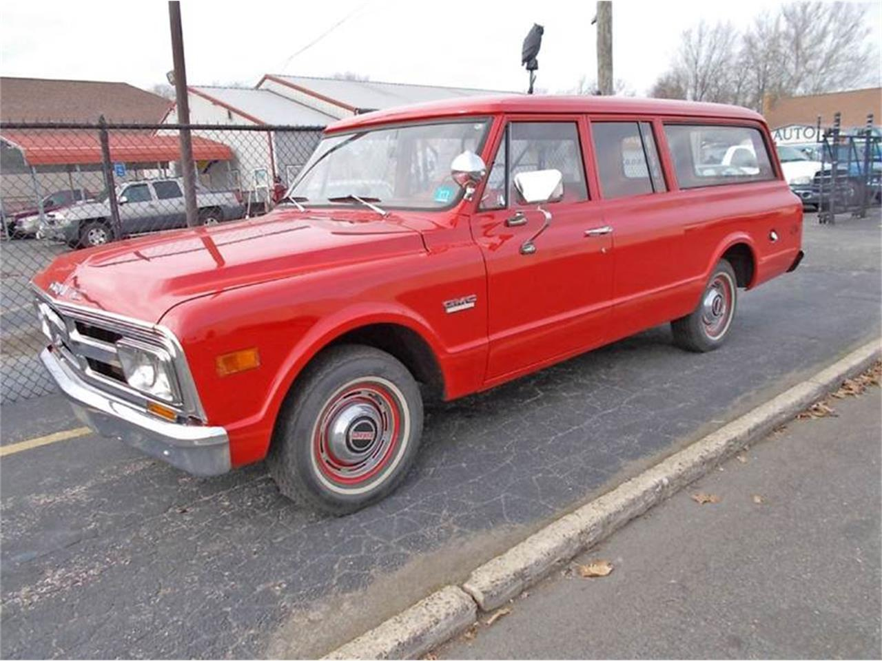 Large Picture of Classic 1968 Suburban - $19,900.00 - MLLH