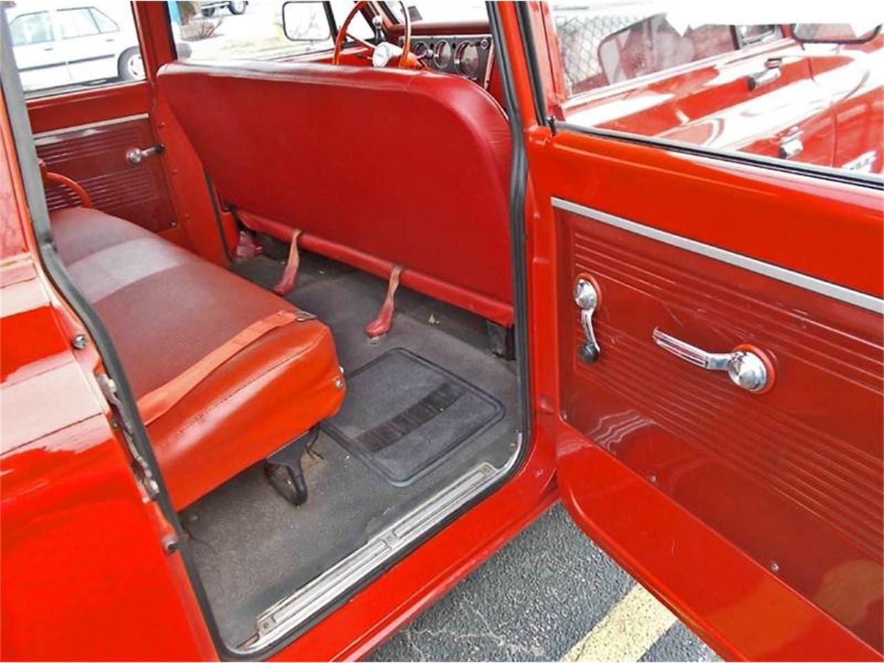 Large Picture of Classic '68 GMC Suburban located in New Jersey - MLLH