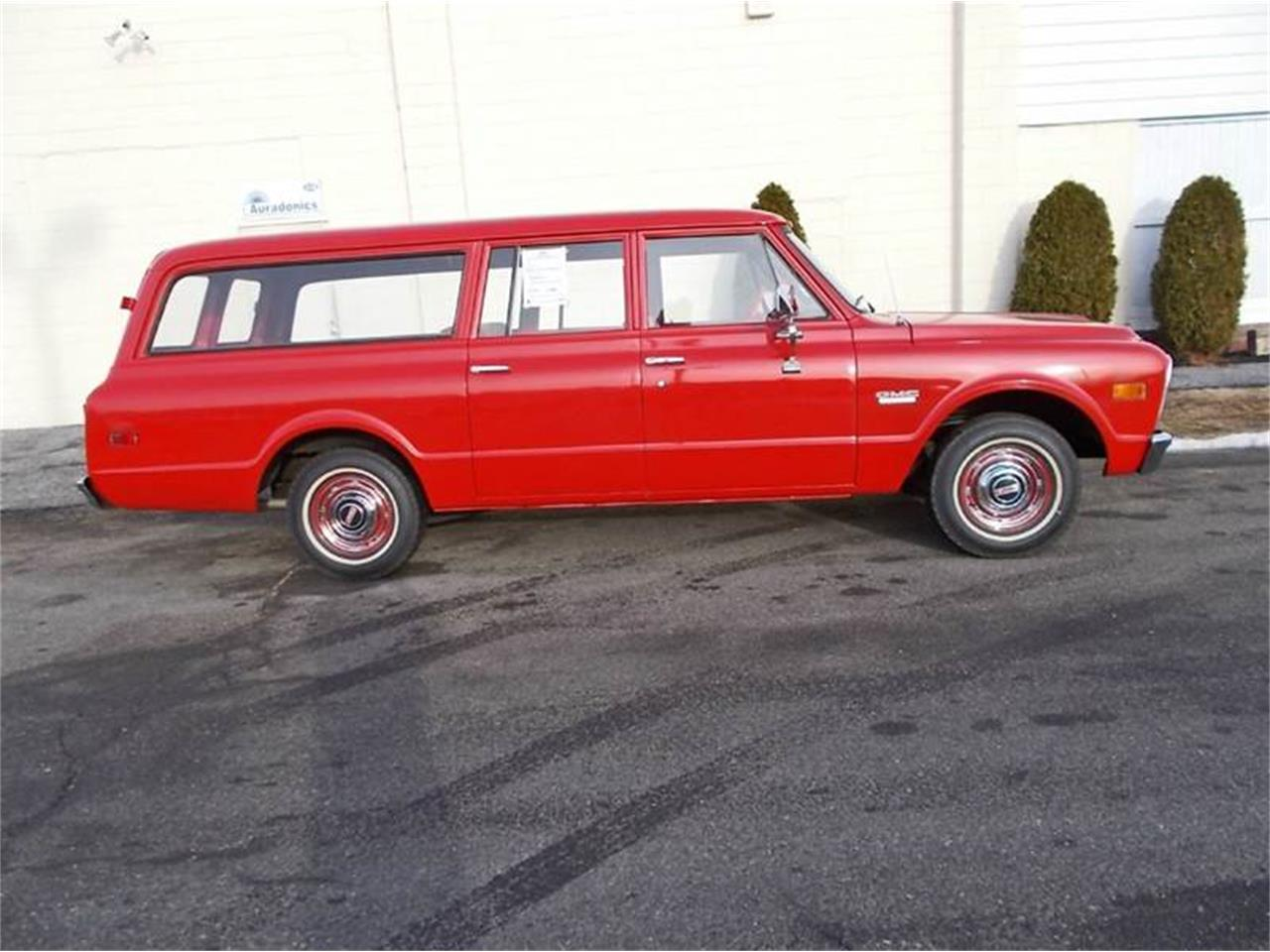Large Picture of 1968 Suburban located in Riverside New Jersey - MLLH