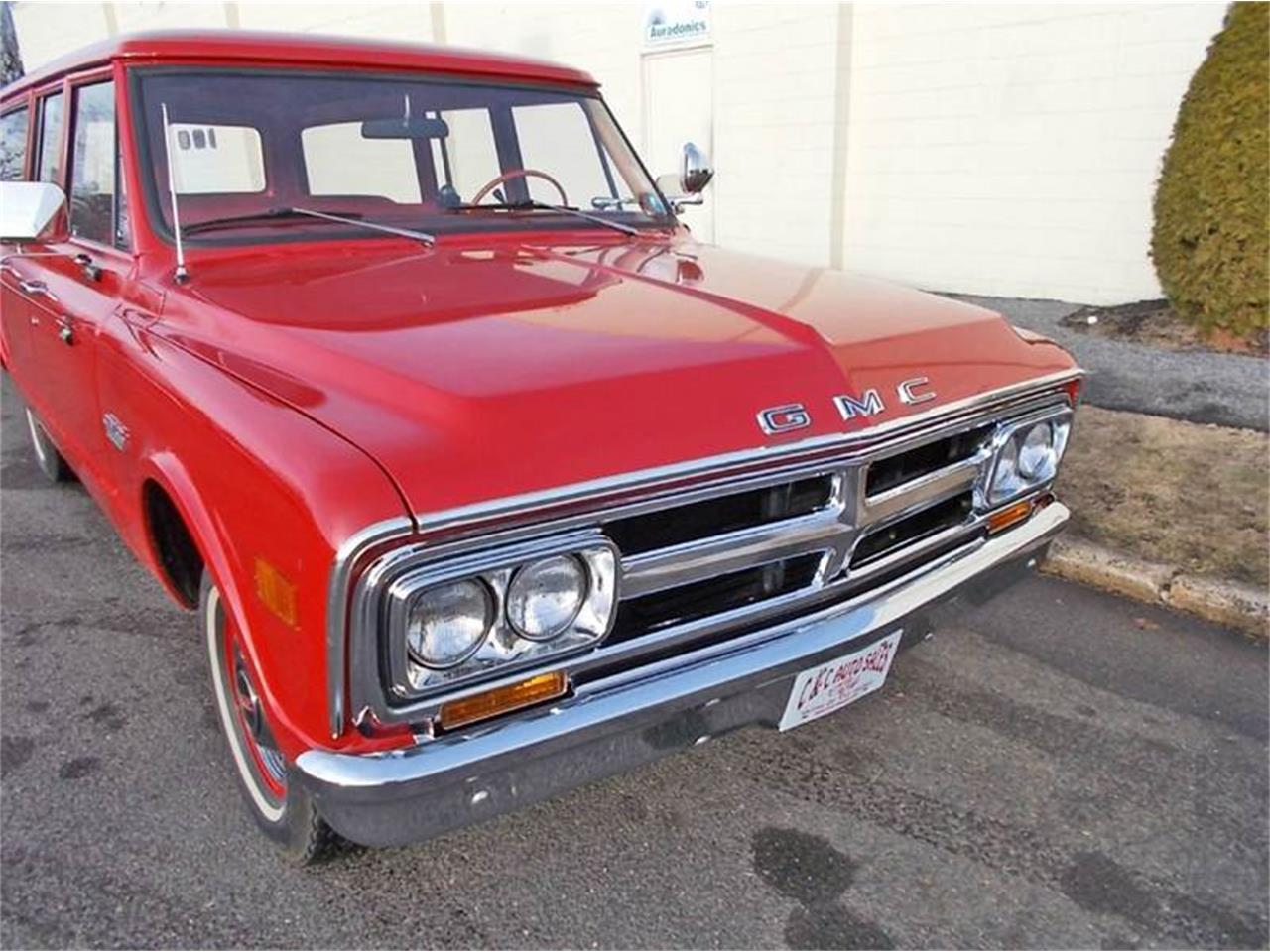 Large Picture of Classic '68 GMC Suburban located in New Jersey Offered by C & C Auto Sales - MLLH