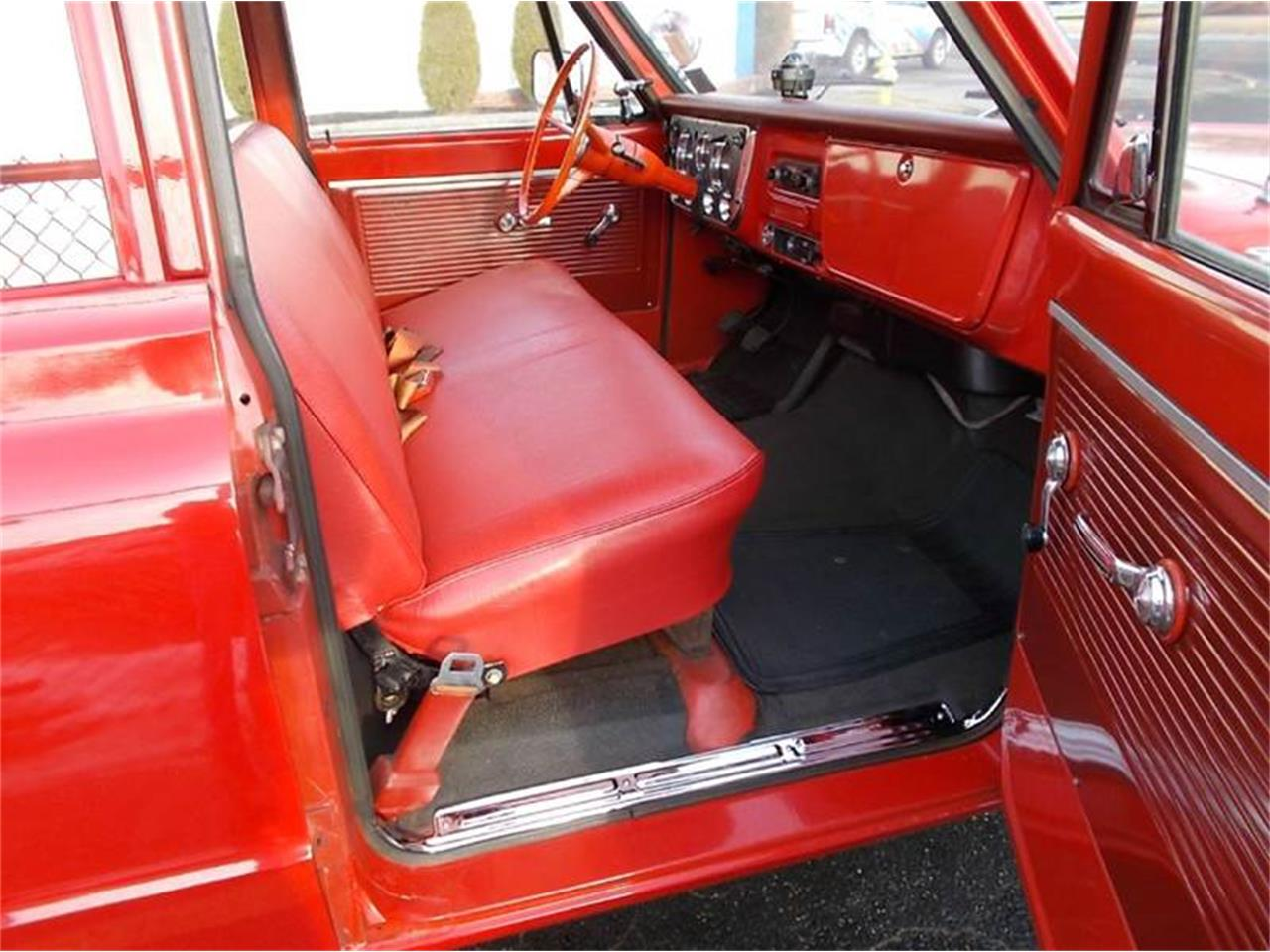 Large Picture of Classic '68 GMC Suburban - $19,900.00 Offered by C & C Auto Sales - MLLH
