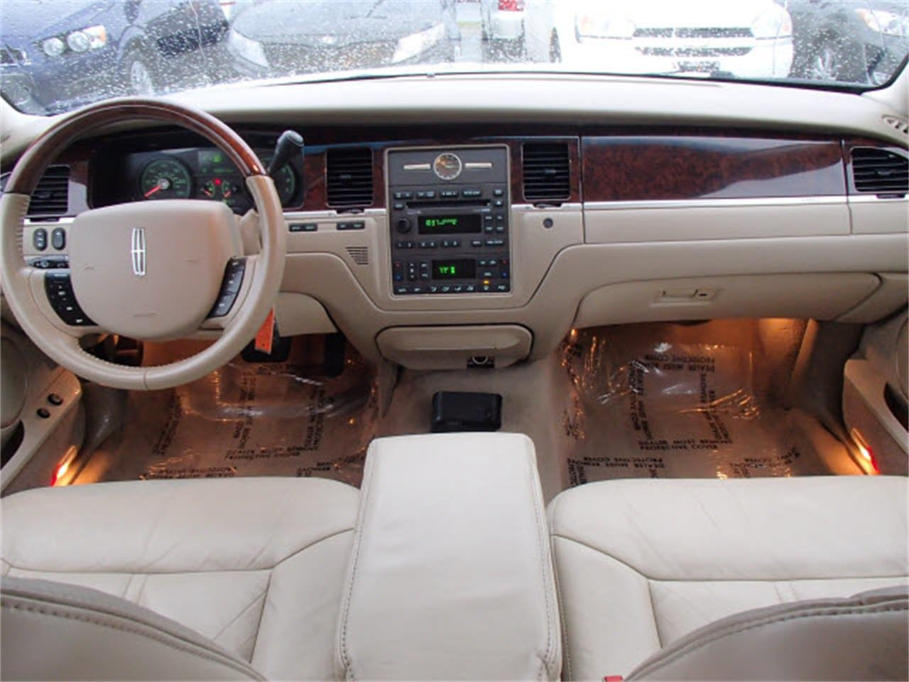 Large Picture Of 08 Lincoln Town Car 7 990 00 Mlnb