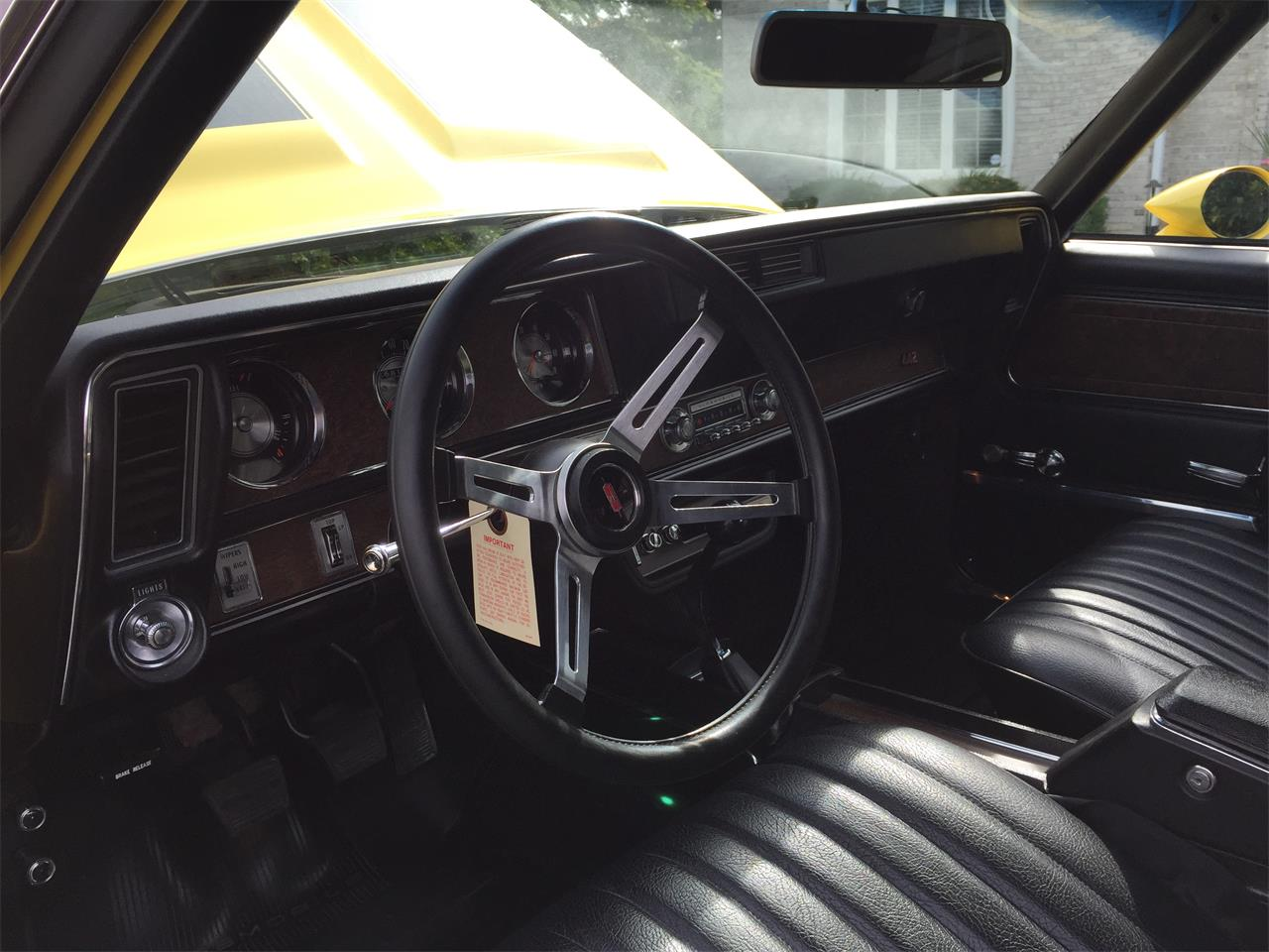 Large Picture of '70 Oldsmobile 442 W-30 Auction Vehicle Offered by Russo and Steele - MLQ1