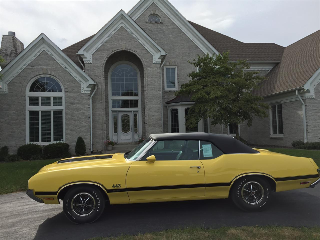 Large Picture of Classic '70 Oldsmobile 442 W-30 located in Scottsdale Arizona Offered by Russo and Steele - MLQ1