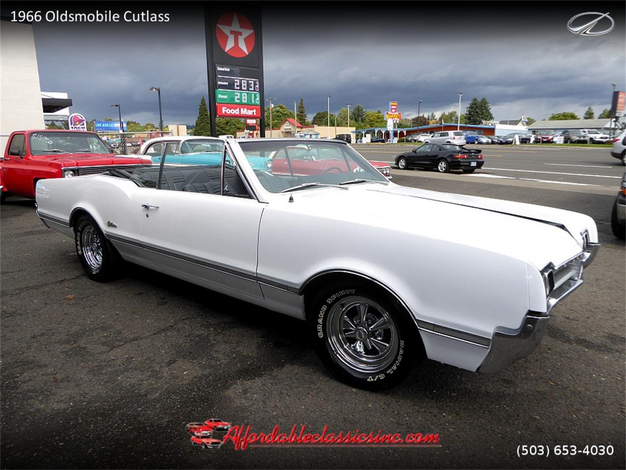 Large Picture of 1966 Oldsmobile Cutlass Offered by Affordable Classics Inc - MN4C