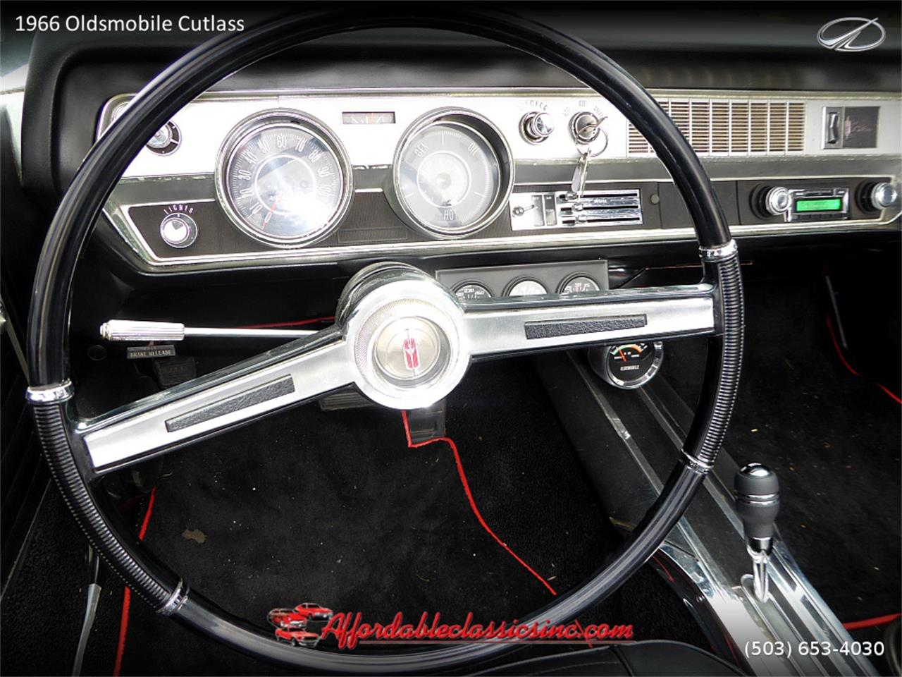 Large Picture of '66 Cutlass located in Gladstone Oregon - $25,500.00 - MN4C