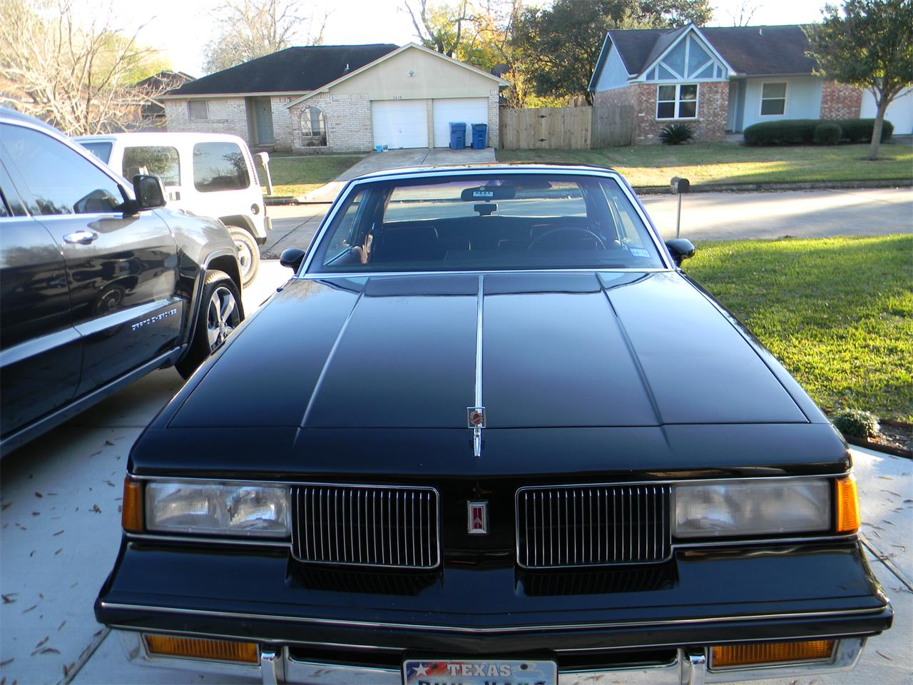 Large Picture of '88 Cutlass Supreme Brougham Offered by a Private Seller - MN5B