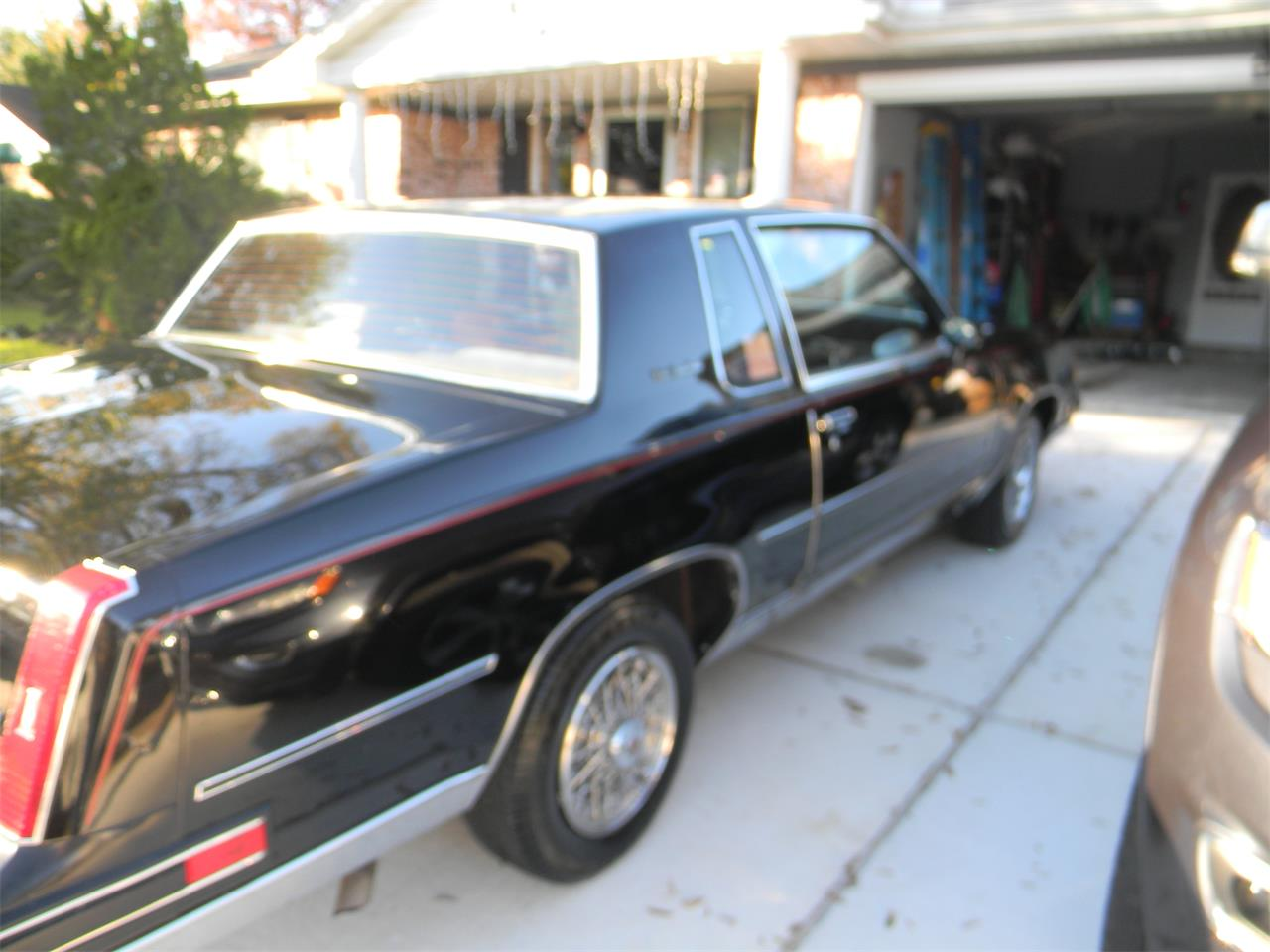 Large Picture of 1988 Cutlass Supreme Brougham - MN5B