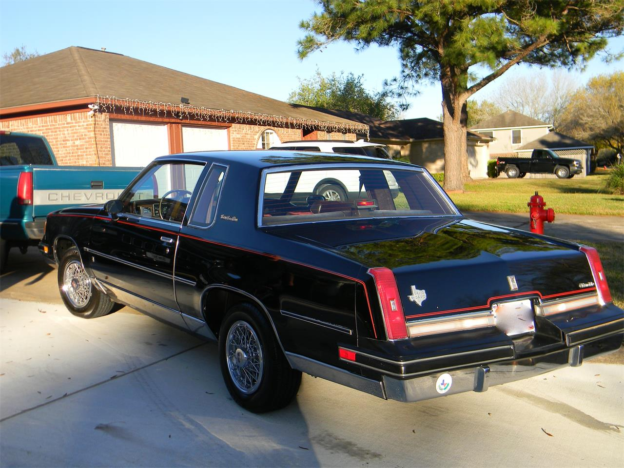 Large Picture of '88 Oldsmobile Cutlass Supreme Brougham - MN5B