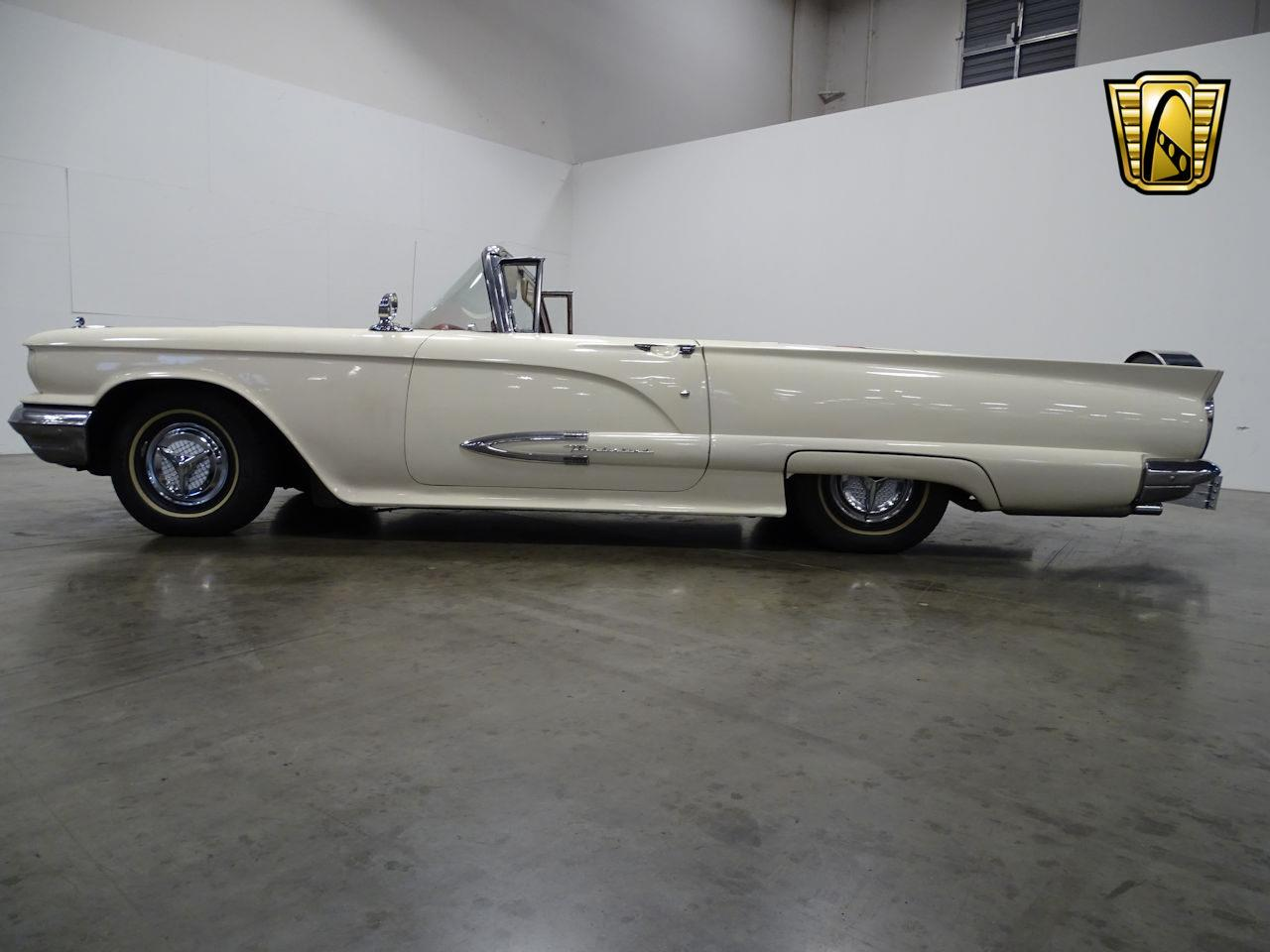 Large Picture of '59 Ford Thunderbird located in Tennessee - $28,595.00 - MN60
