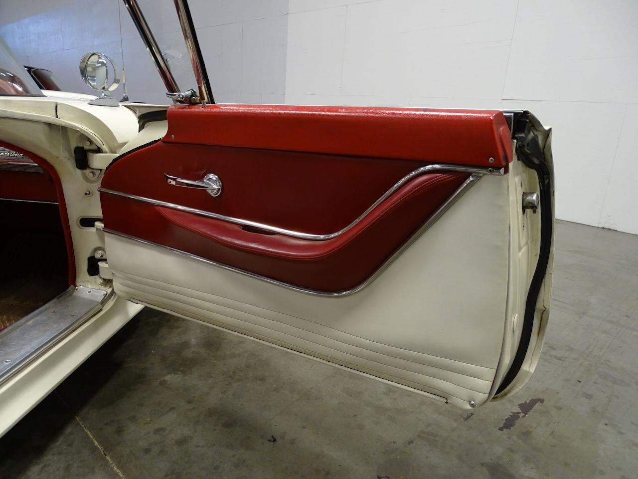 Large Picture of 1959 Thunderbird located in Tennessee - $28,595.00 - MN60
