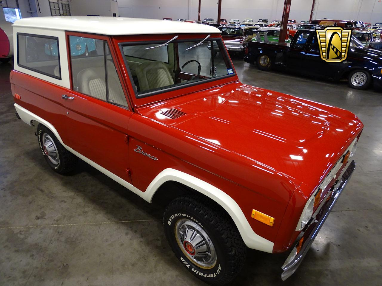 Large Picture of Classic 1973 Bronco located in Tennessee - MN68